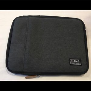 PKG Laptop Sleeve